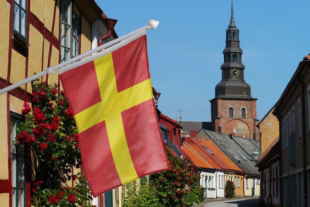 Flaggby fasadflagga